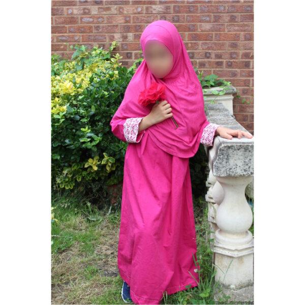 abaya fillette rose